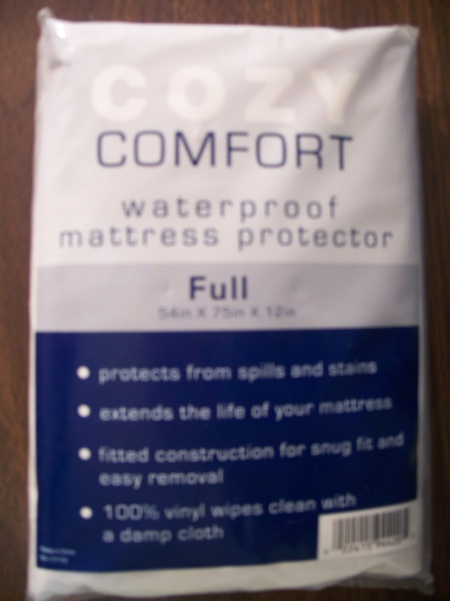 Full Size Vinyl Mattress Protector